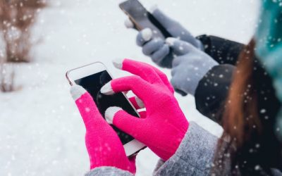 The Best Winter Cell Phone Tips to Keep Your Phone Working Properly