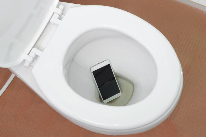 iphone water damage