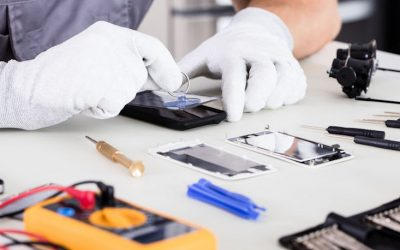 Should You DIY Your Own Smartphone Screen Repair Service?